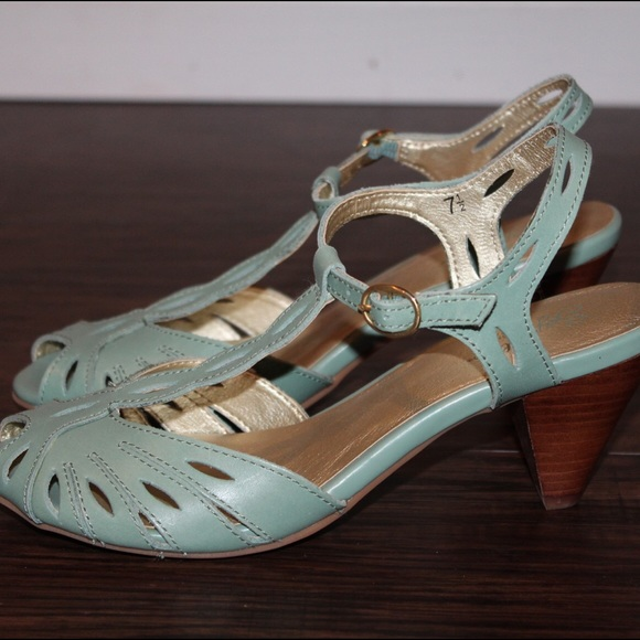 e0181e72a Seychelles Seafoam Heel Sandals
